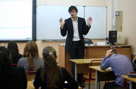 В школах Челябинской области появится новая должность советник-воспитатель