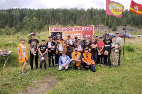 В Усть-Катаве выявили лучших рыболовов на поплавочную удочку