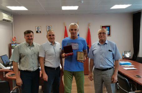 Тренер-преподаватель ДЮСШ Усть-Катава стал лауреатом премии Заксобрания Челябинской области