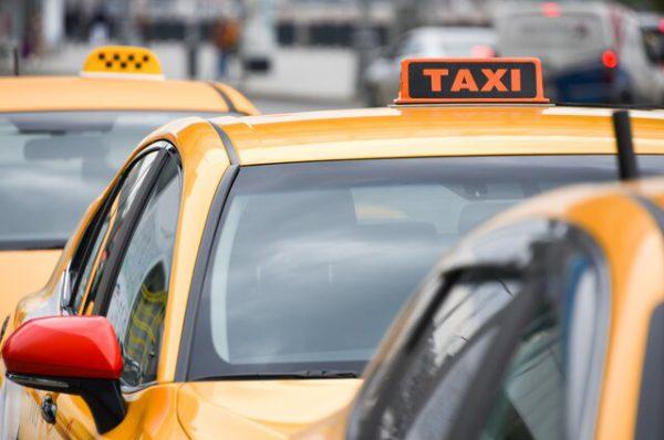 Насильники, убийцы и грабители не смогут работать в такси